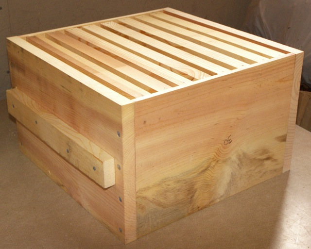 The hive box warre hive construction guide the bee space - How to build a beehive in easy steps ...
