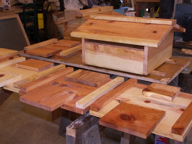 Paint And Finish Warre Hive Construction Guide The Bee Space